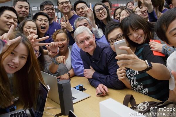 苹果第四季度财务业绩下滑 也许库克要加快研发AR